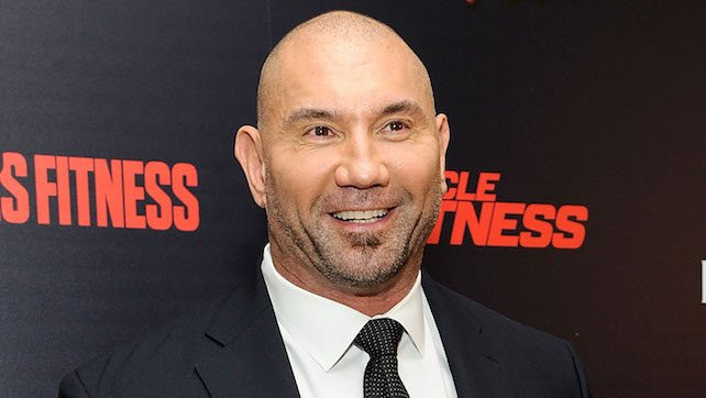 Batista Meets Fellow Filipino TJ Perkins (Photo), WWE Does 'Tale Of The Tape' Between Evolution Teams