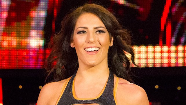 Tessa Blanchard Gets A Pic With One Of Her Dad's Foes, Renee Young Turns To Dean To Celebrate Canada Day (Photo)