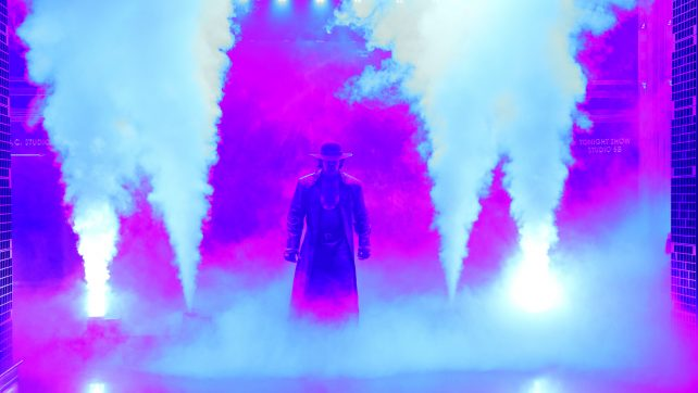 WWE Careers Altered By The Undertaker; New Day Meets With Fans (VIDEO)