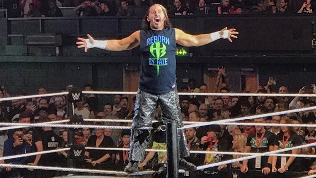 Matt Hardy Thanks Fans For Heartwarming Sendoff; Bella Twins In-Ring Return (Photos)
